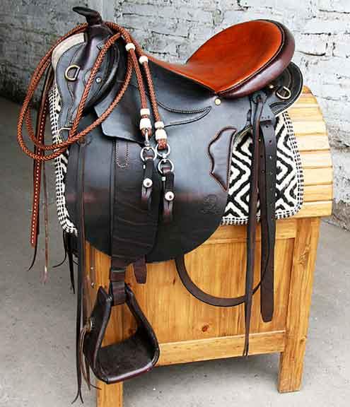 Machovero saddlery distribuidor en espa a naturalhipic for Sillas para caballos